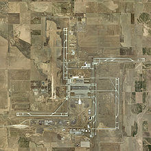 Denver_airport_USGA_2002_mod