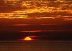 Sunset_2007-1 CREDIT Alvesgaspar SOURCE Wikipedia Puiblic Domain