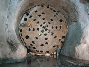 Tunnel Boring Machine CREDIT Cooper.ch 16 58, 19 September 2006 (UTC) SIOURCE Wikipedia Commons Public domain