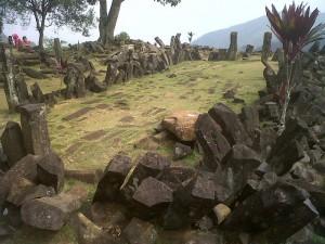 Gunung_Padang_Site Wikipedia Public domain